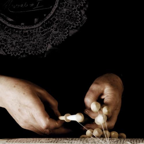 Idrijska čipka · knjiga